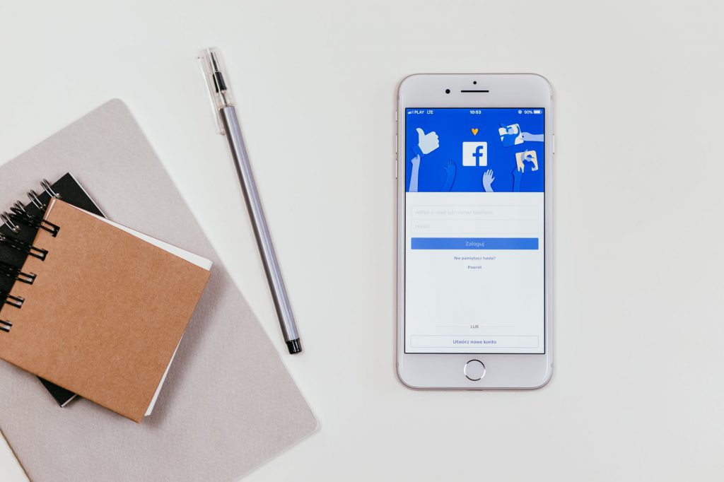 Se ha comprobado que más del 80% de la población entre 18 y 55 años se conectan a internet por medio del smartphone.