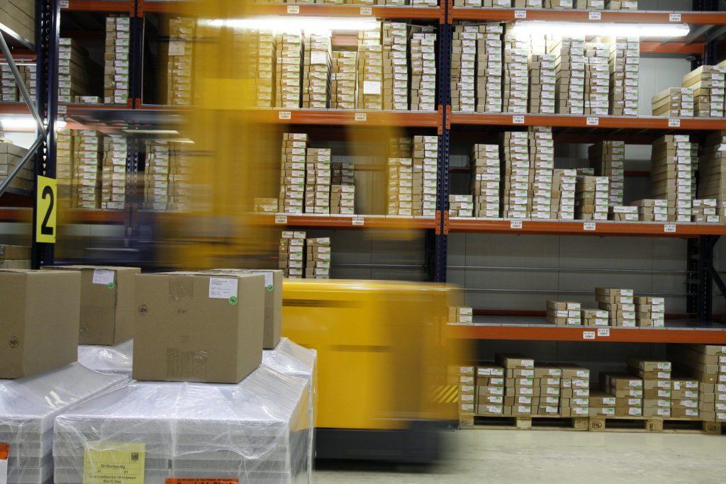 El Microsoft Dynamics 365 Business Central, conocido anteriormente como ERP Navison puede utilizarse para gestión de inventarios y logística.